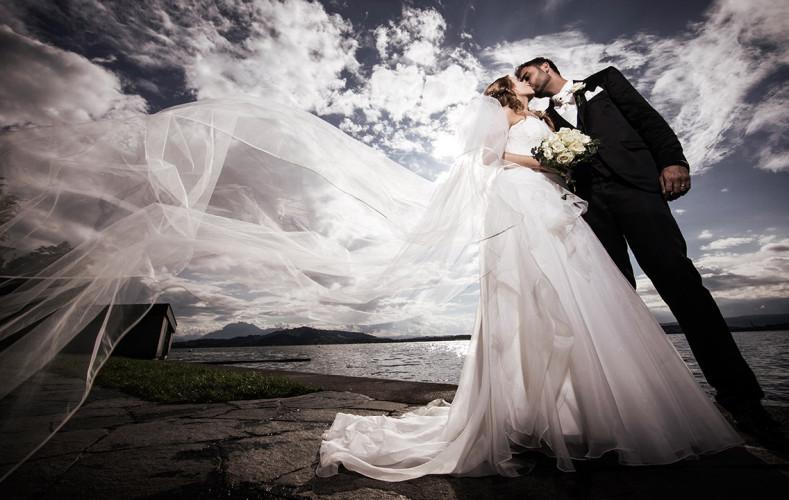 Hochzeitsfotograf in Zug bei Hotel Casino