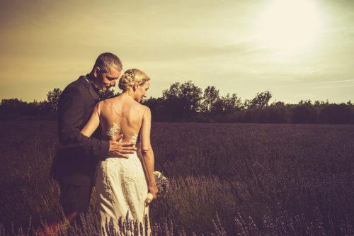 romantike Hochzeit in den Lavendel Feldern,,